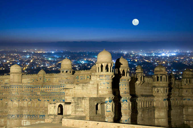Golden Triangle Tour with Gwalior Tour